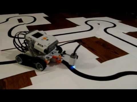 Fast Line Tracer Robot (1st attempt) - Lego Mindstorms NXT 2.0