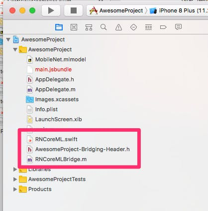 RNCoreML_swift_と_MobileNet.png
