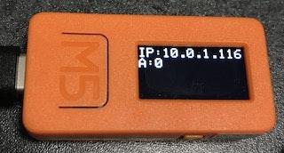 M5StackとM5StickCの場合はLCDにもIPアドレスが表示されます